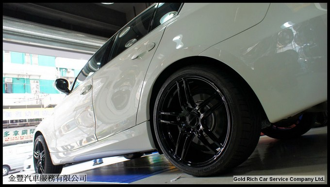 BMW 130i,wheel,grwheels